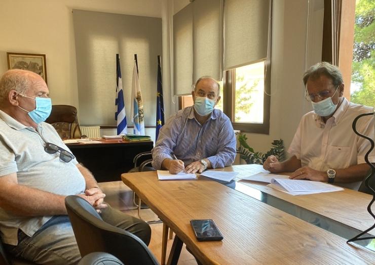 Υπογράφηκε η σύμβαση κατασκευής του έργου «Αποκατάστασης βλαβών των οδικών δικτύων της ΔΕ Δίου» προϋπολογισμού 510.000€