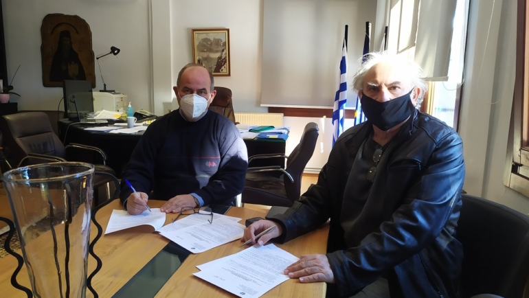 Υπογράφηκε η σύμβαση για την συντήρηση της δημοτικής οδού Νέου Παντελεήμονα – Παλαιού Παντελεήμονα